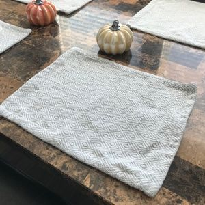 Set of 4 Grey & White Triangle Ikea Placemats